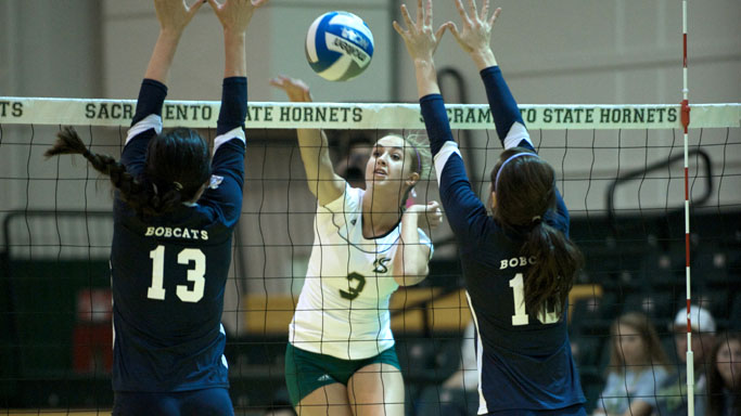 VOLLEYBALL HITS SEASON-HIGH .398 IN FOUR-SET WIN OVER MONTANA STATE
