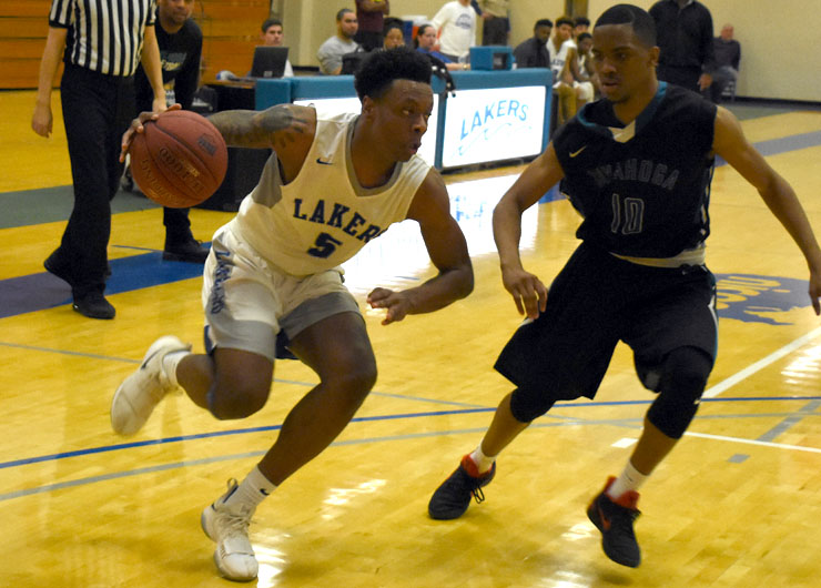 No. 3 Cuyahoga too much for Lakers, 92-55