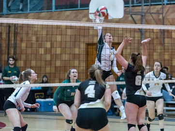 Rams Fall to Tommies 3-1