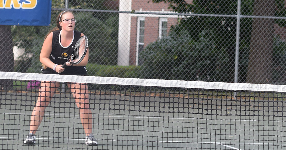 Blue Jays Fly Past Women's Tennis