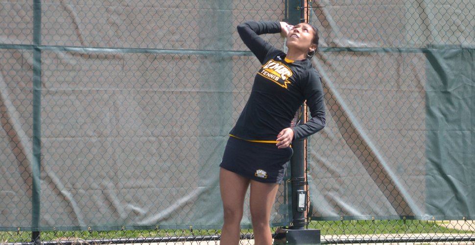 Women's Tennis Drops Decision to Strong Xavier Side