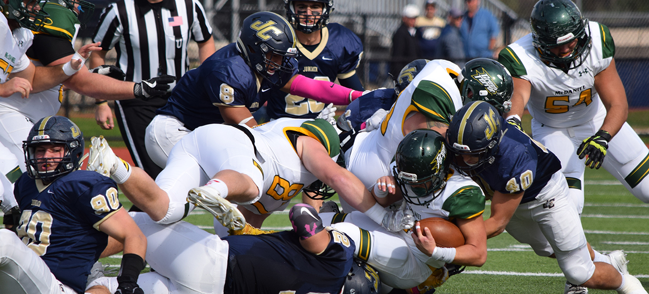 McDaniel Holds off Juniata 20-13