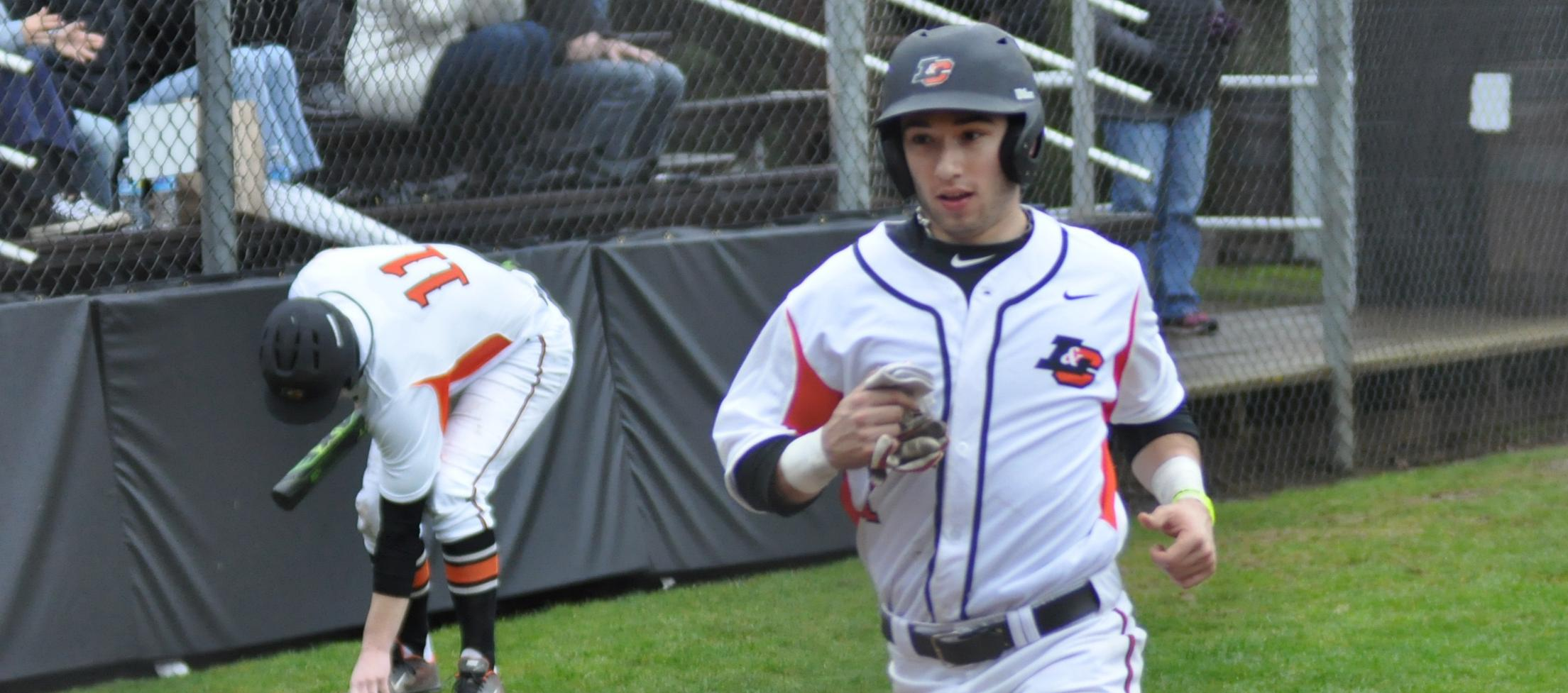 Lewis & Clark uses walkoff win to split with Linfield