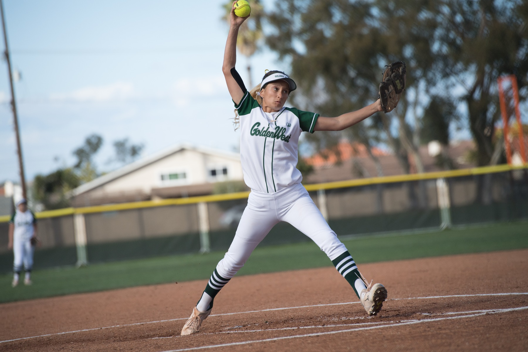 Softball: First Inning Errors Lead to Tough Loss