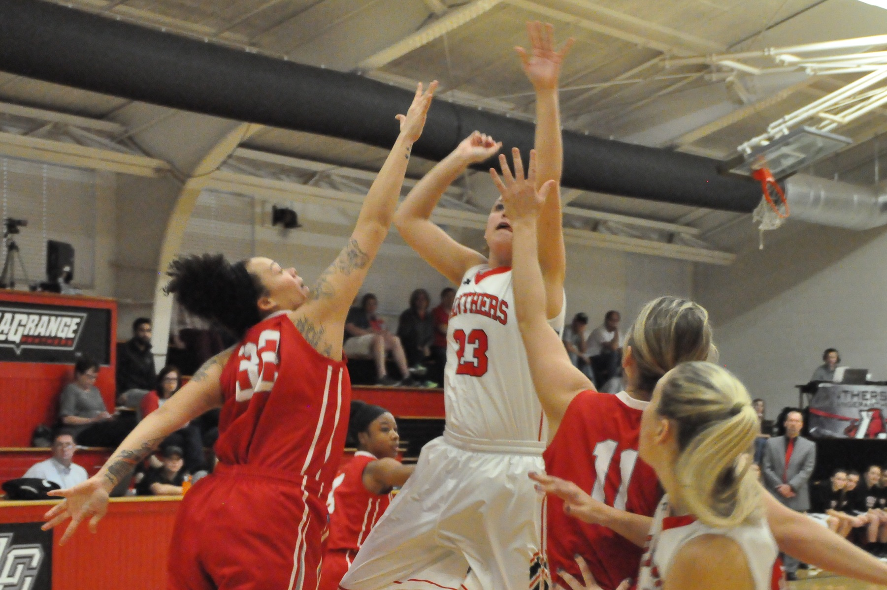 Women's Basketball: Panthers roll past Huntingdon 76-55 for fifth straight win