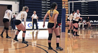 GCC Women's Volleyball get ready to receive serve