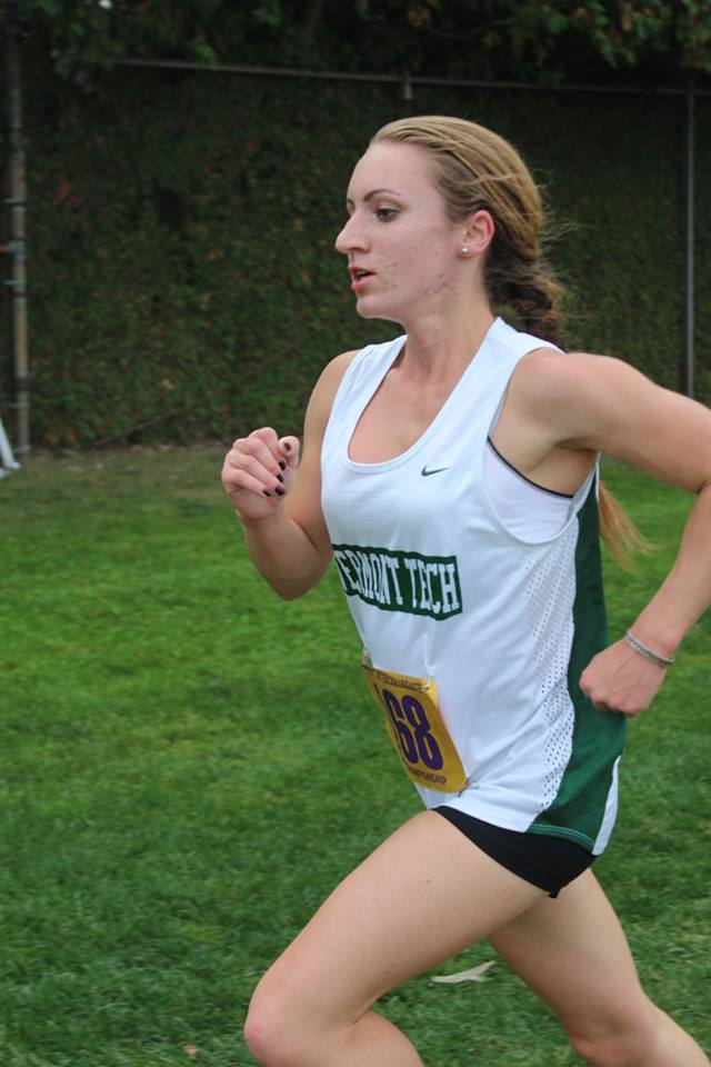 Vermont tech women's top runner takes top 10 finish at state meet