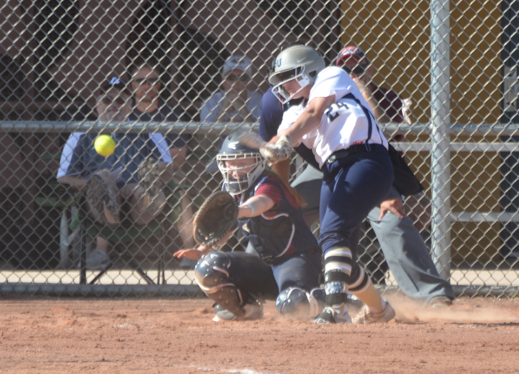 Softball Hangs On For 8-5 Win Over Emmanuel in Series Opener