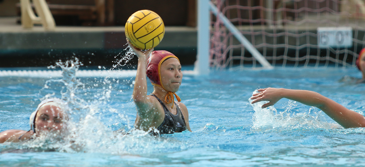 Kaitlyn Eng (HMC) starts the breakaway goal in the first half in the win against Cal State Monterey Bay.