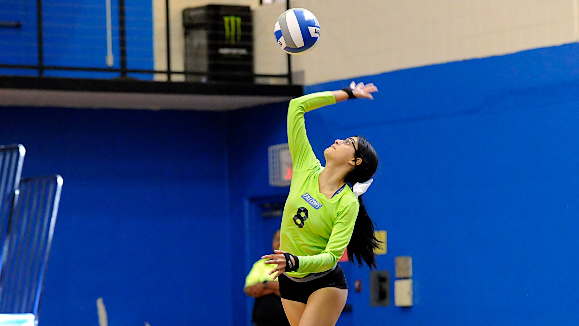 Women's Volleyball Defeated by Curry in Five Sets