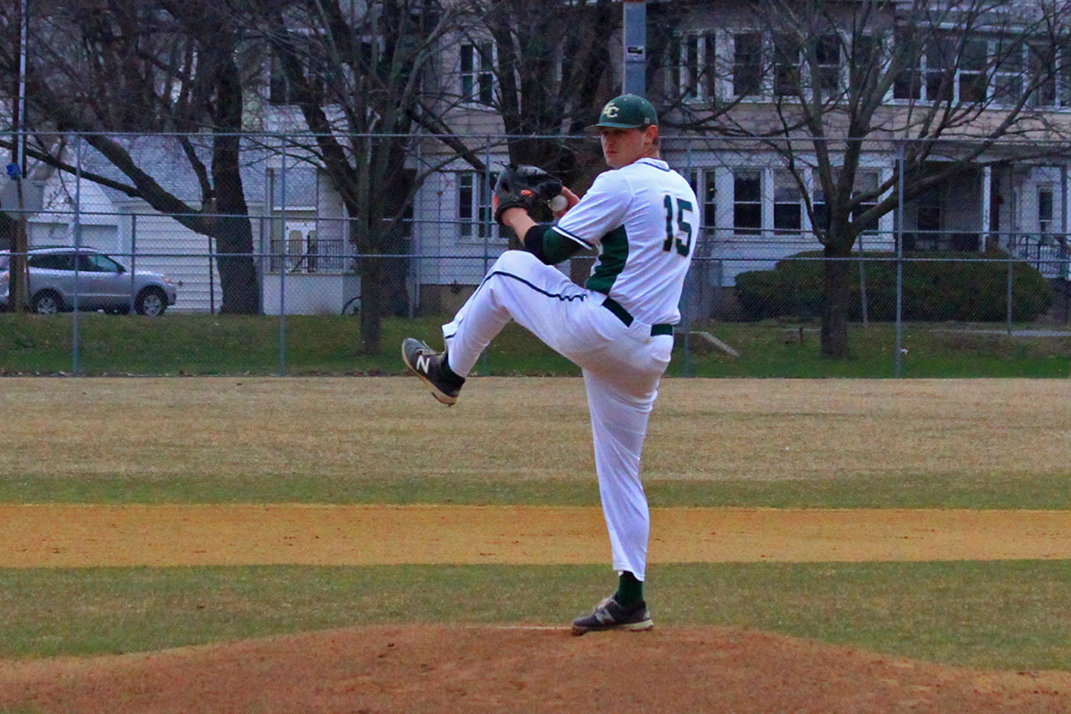 Baseball Falls In Both Ends Of Doubleheader With SJU