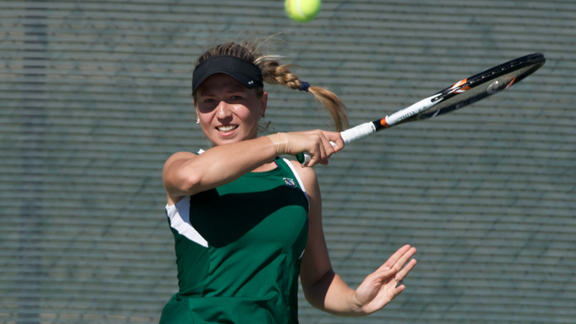 WOMEN'S TENNIS ROLLS PAST NORTH DAKOTA 7-0