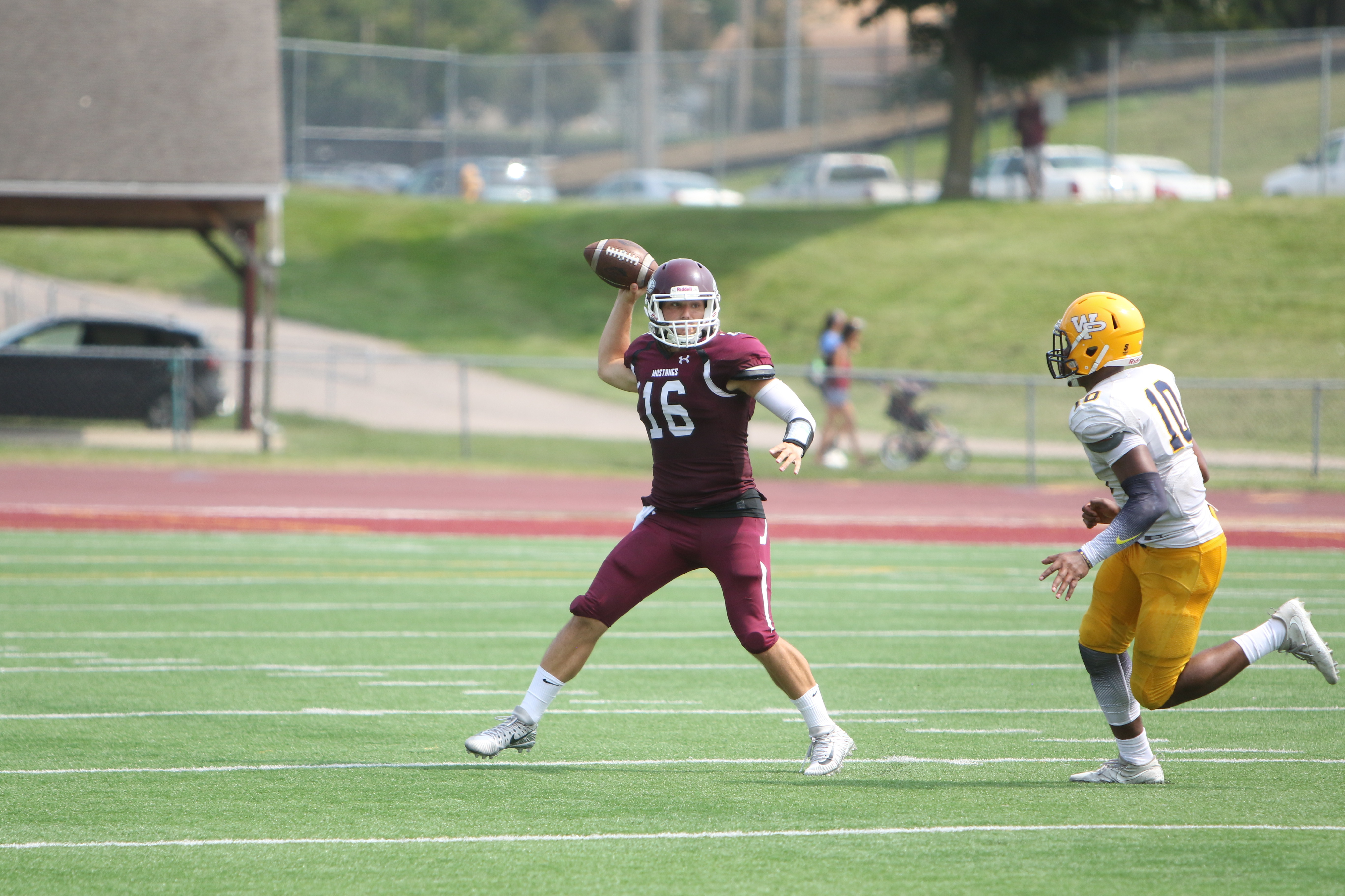 Morningside (Iowa) QB Trent Solsma named National Player of the Year