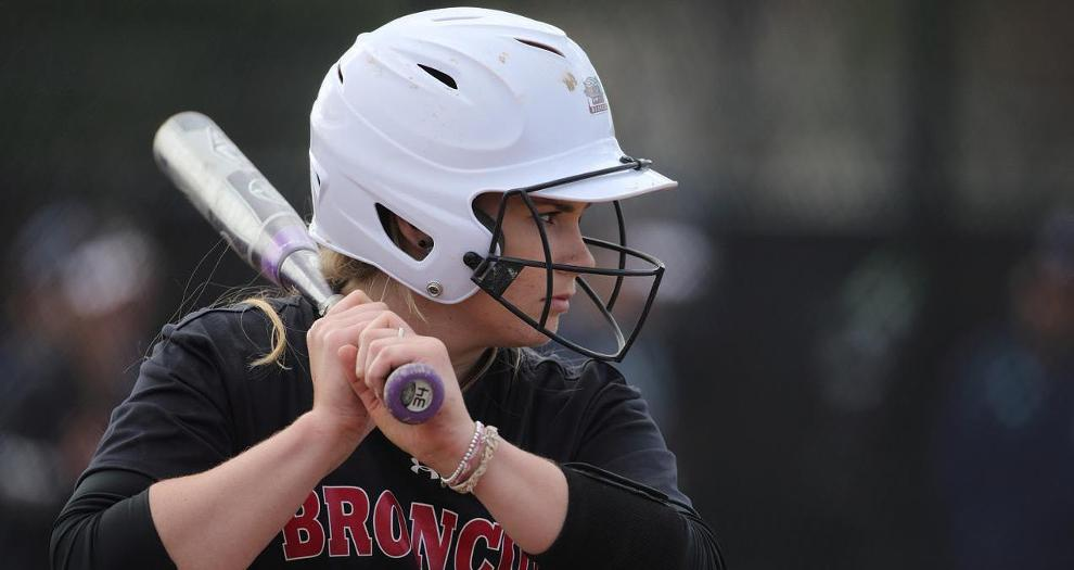 Bronco Softball Sweeps Doubleheader at LMU