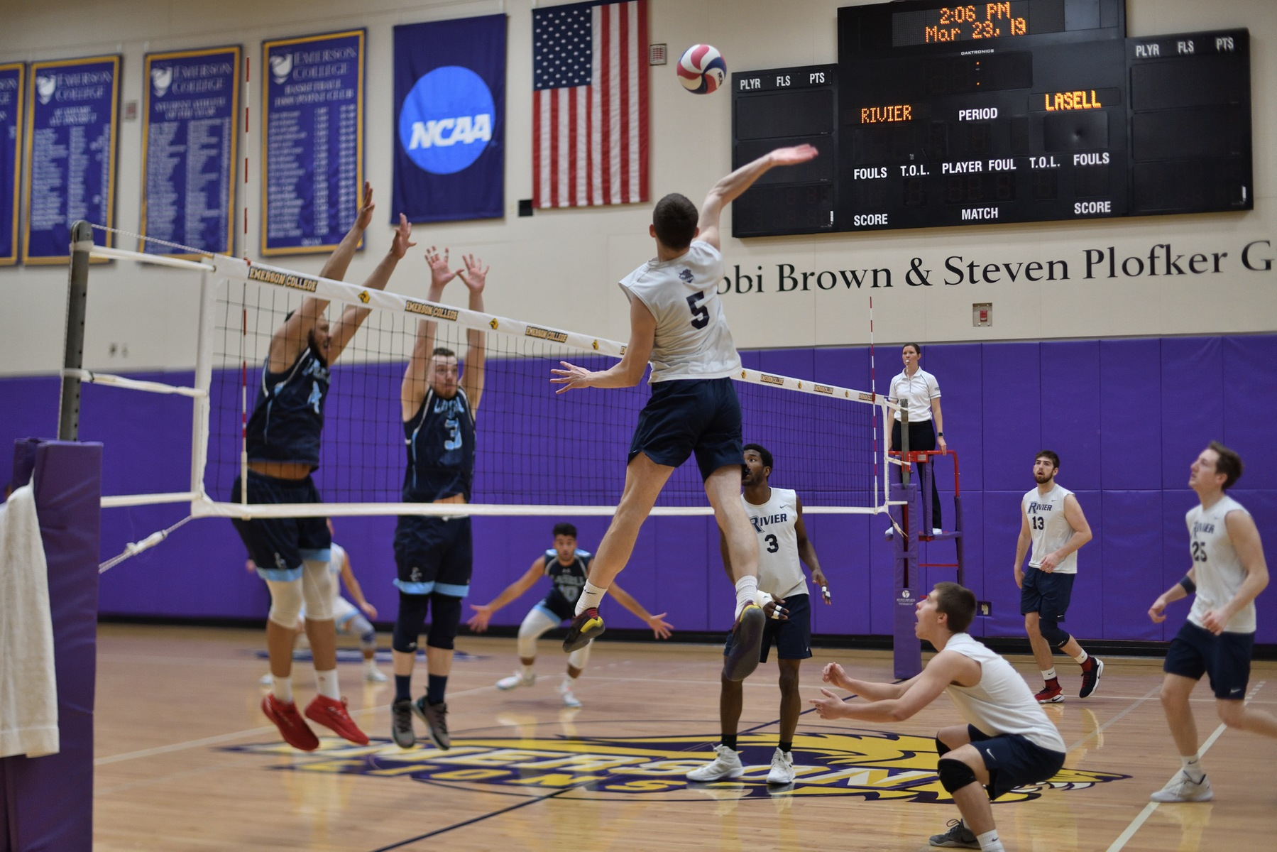 Men's Volleyball: Raiders Earn Two Conference Wins, 3-0 & 3-1.