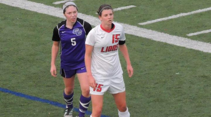 Women's Soccer Clips Curry on Lawrence's Double OT Strike, 1-0