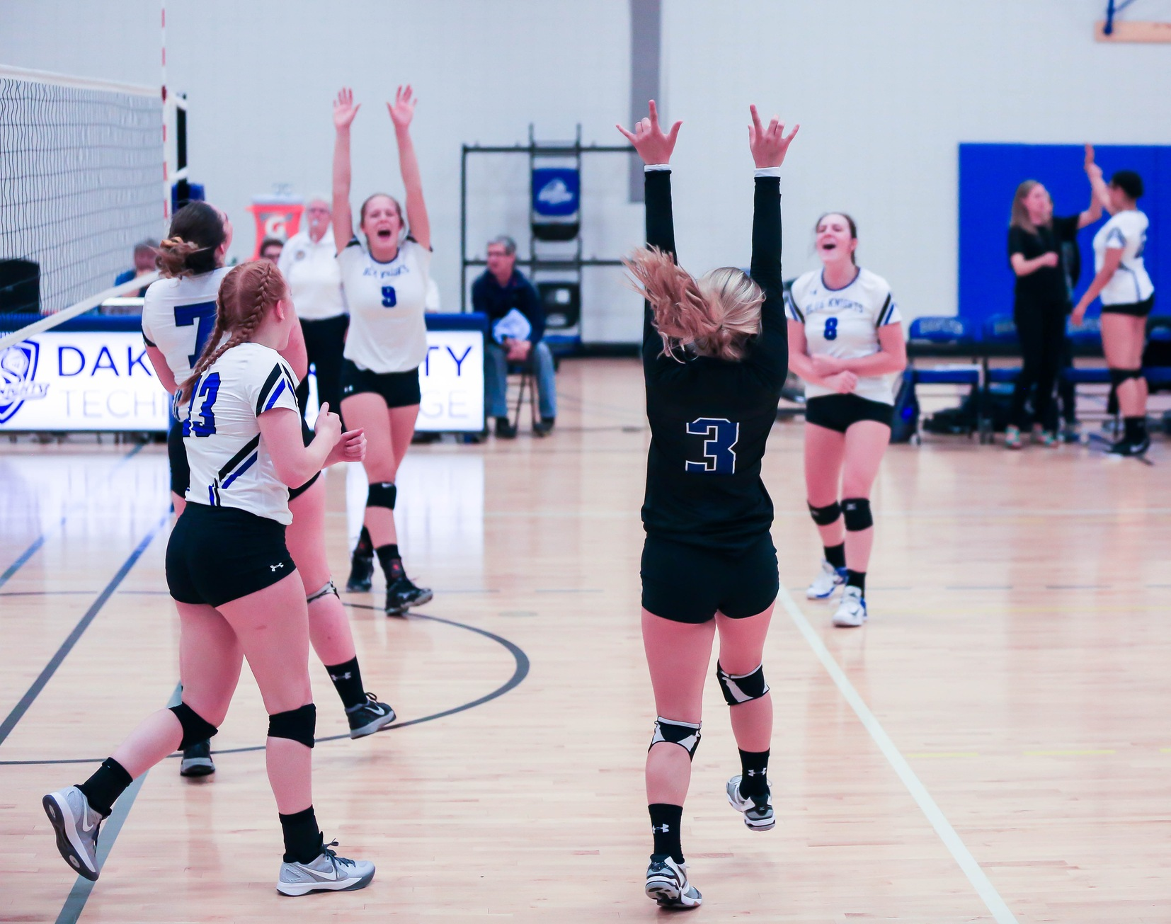 Blue Knights Volleyball Picks up 2 more Wins