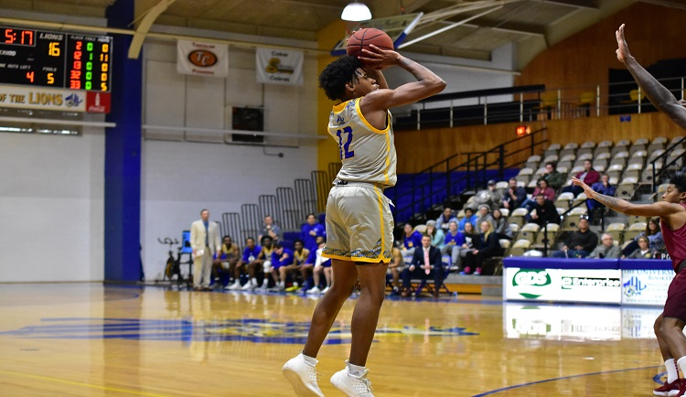 Mars Hill defeats Erskine on Education Day