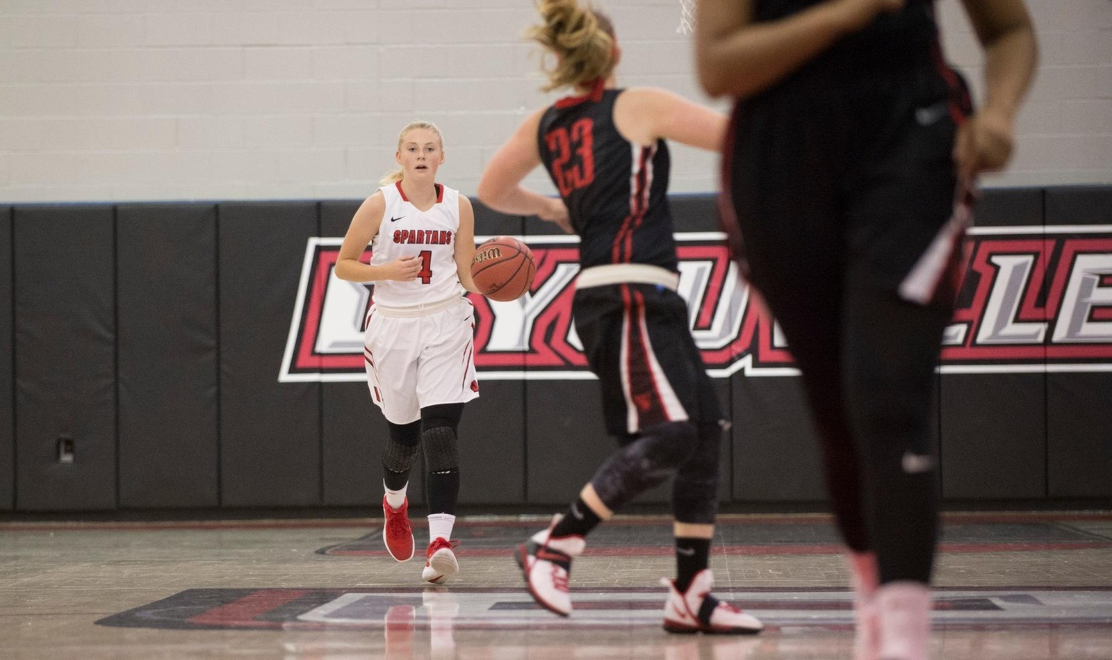 Women Pick Up Third Conference Win by Defeating Barons on the Road
