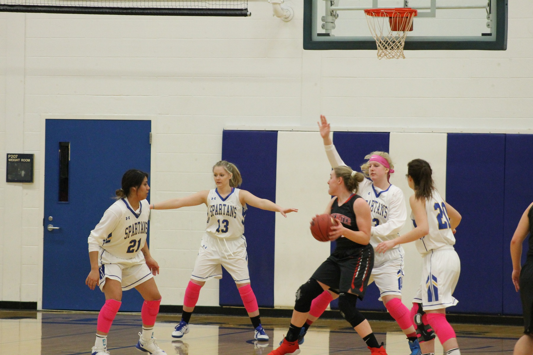Lady Spartans beat Warriors