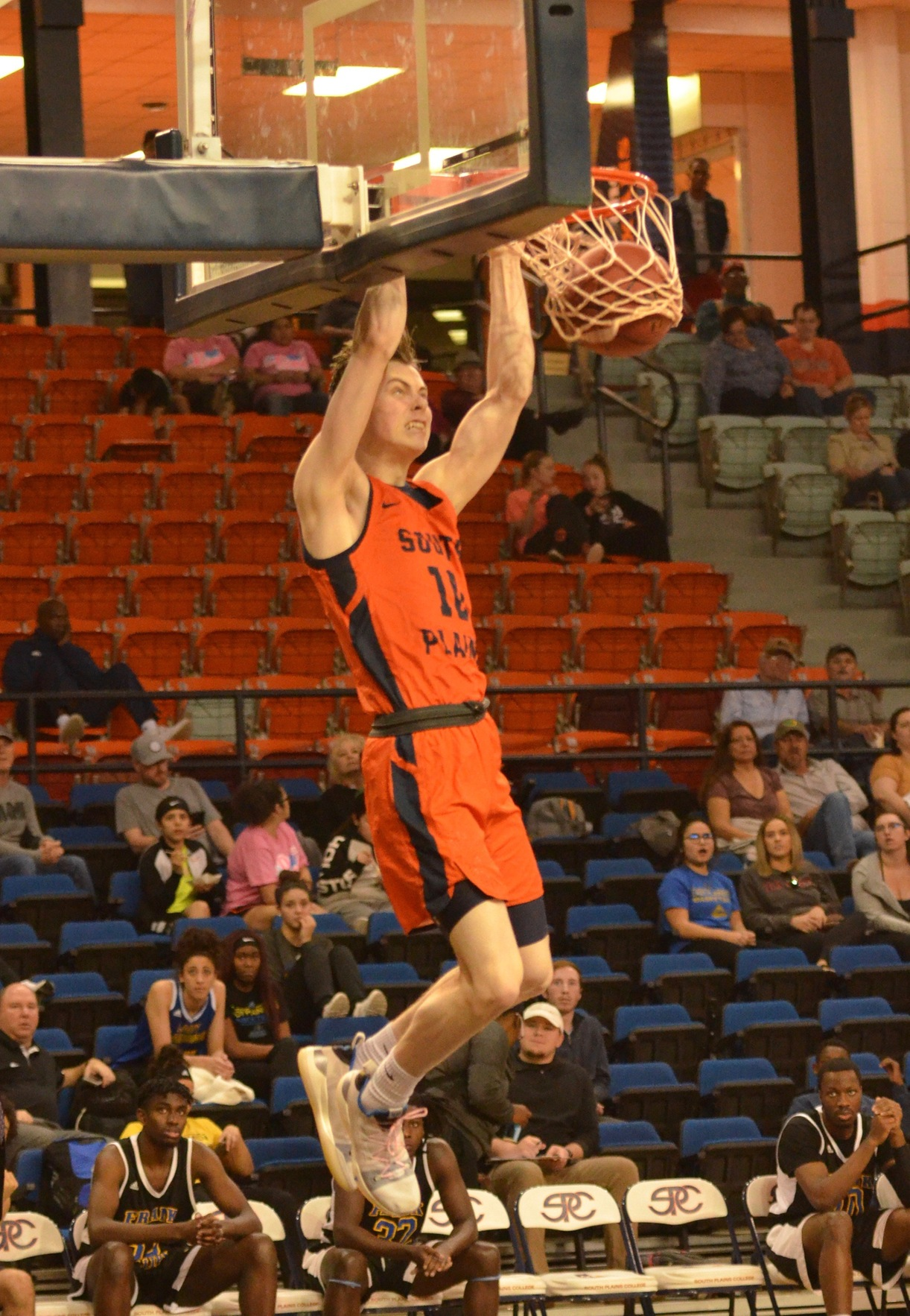 No. 5 South Plains blast Frank Phillips 111-51 Monday