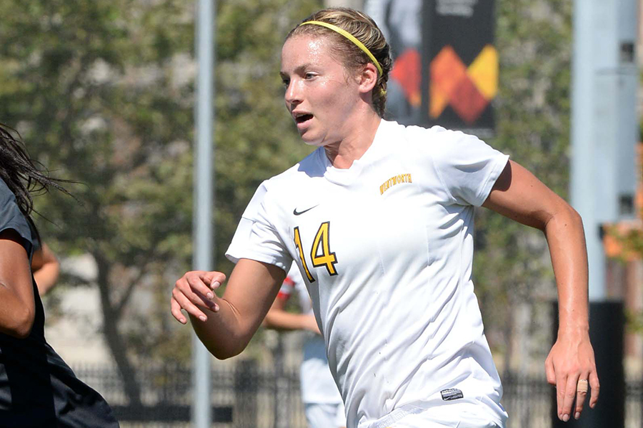 Women's Soccer Rolls Past Curry in CCC Opener