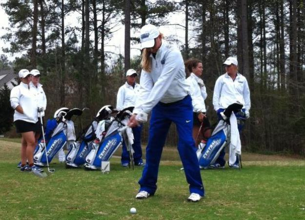Women's Golf Finishes 6th at Richmond