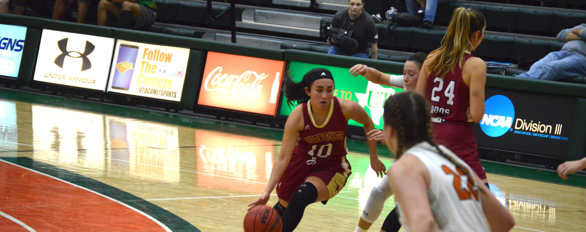 Women's Hoops Outlasts UT-Dallas