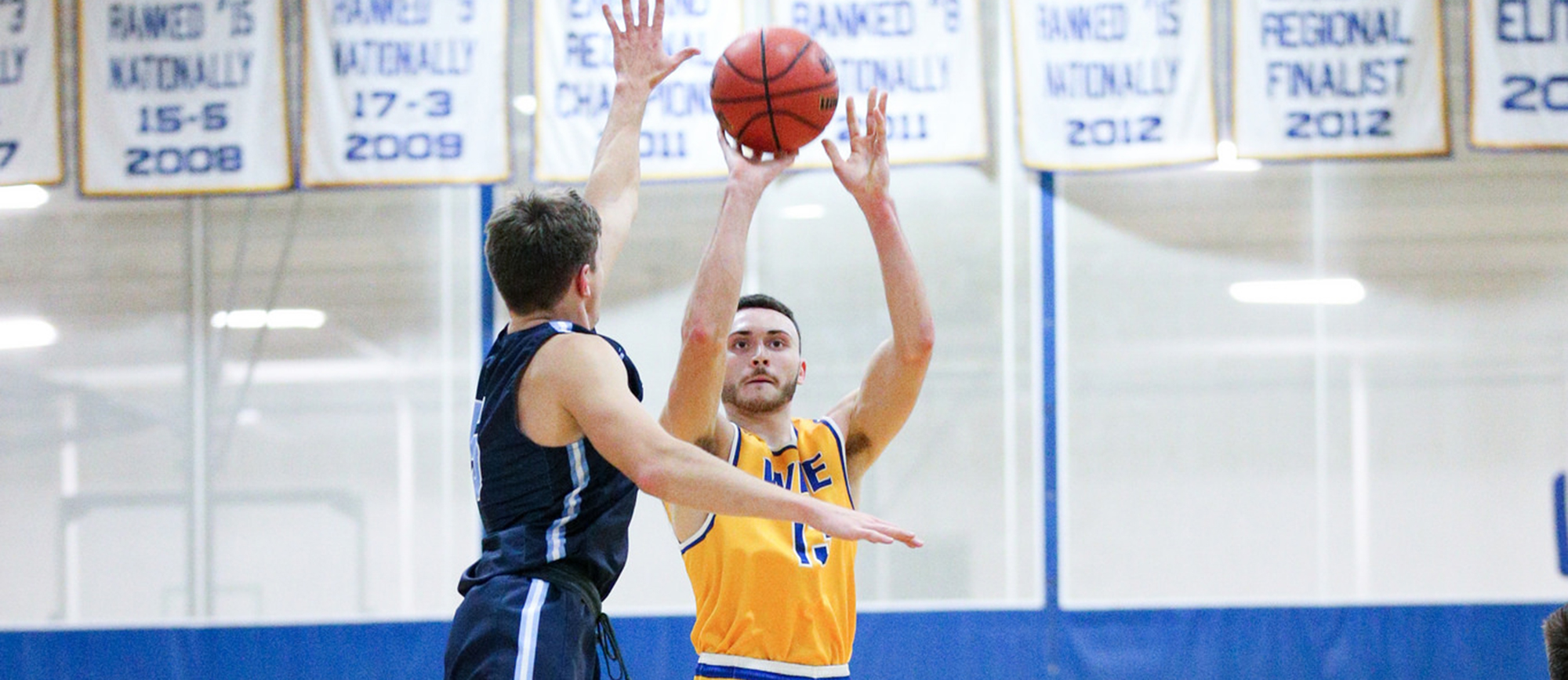 Alex Sikorski scored a career-high 27 points in Western New England's record-setting win over UNE on Saturday. (Photo by Chris Marion)