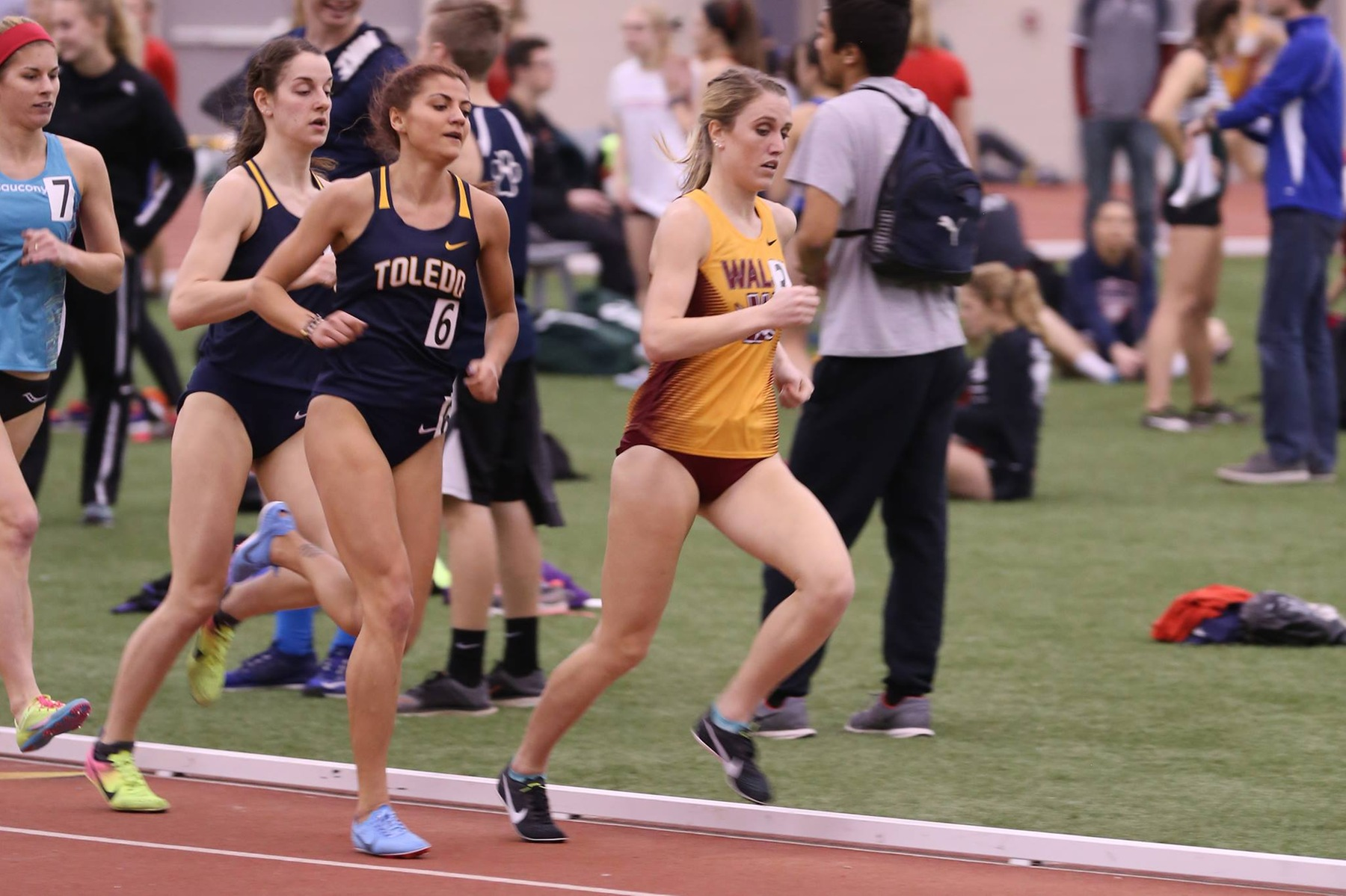 Cavs Dominate The Mile At GVSU Big Meet