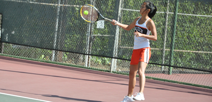 Kitto Remains Undefeated; Sagehens Win Match