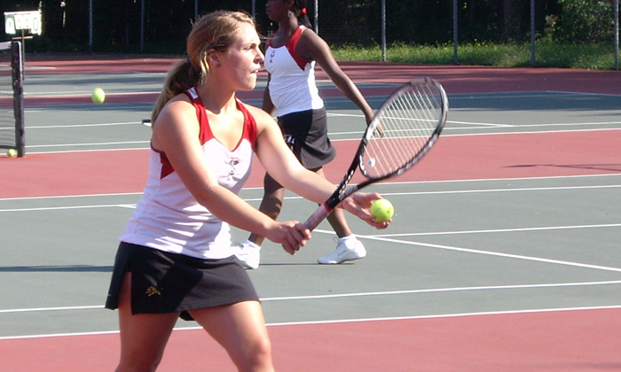 Women's Tennis Blanked by Curry, 9-0