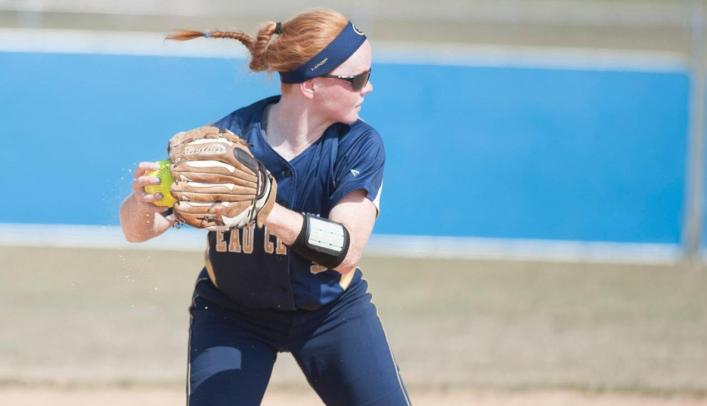 Blugold Softball Beats Benedictine on Day Two of NCAA Regionals