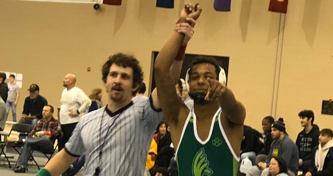 Beltre Places Fifth for Wrestling at Trine Invitational