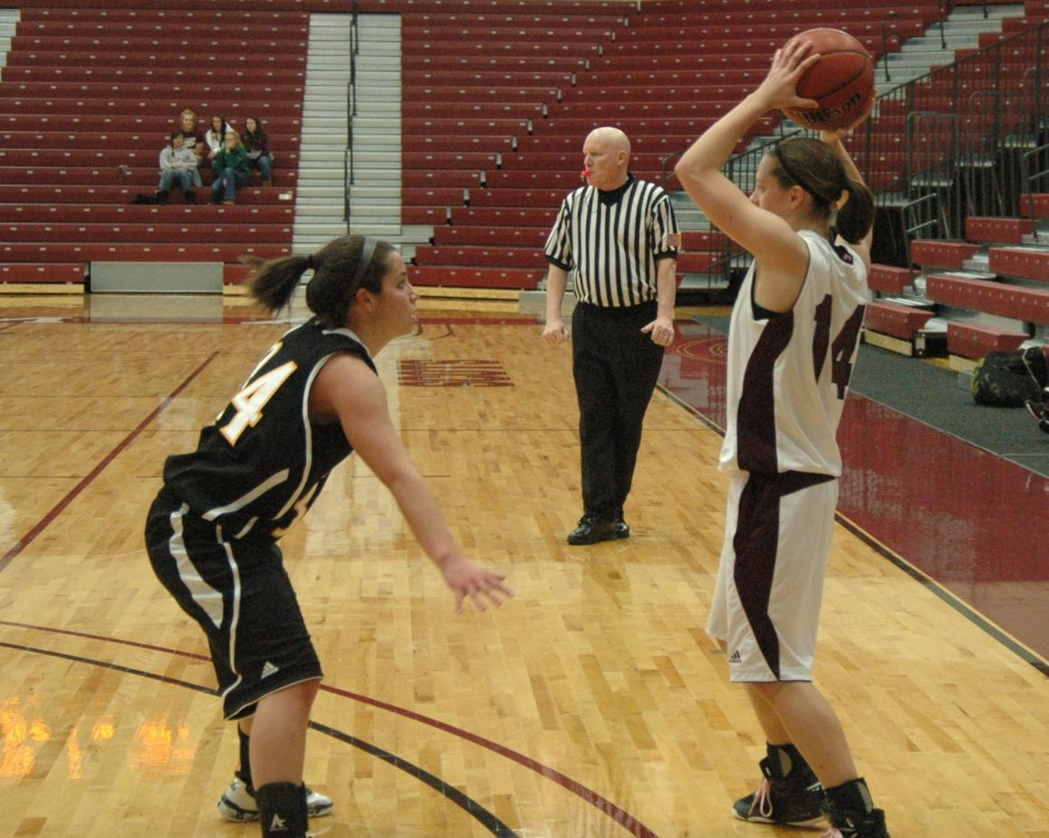 Women's Basketball drops tough 70-67 decision to North Central College on Saturday night