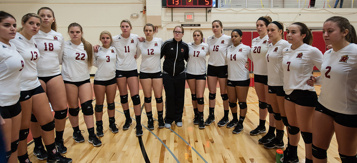 Women's Volleyball Falls To Worcester State, Connecticut College