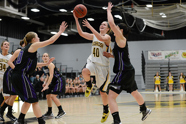 Katelyn Kuehl tallied 15 points and 8 rebounds in the victory