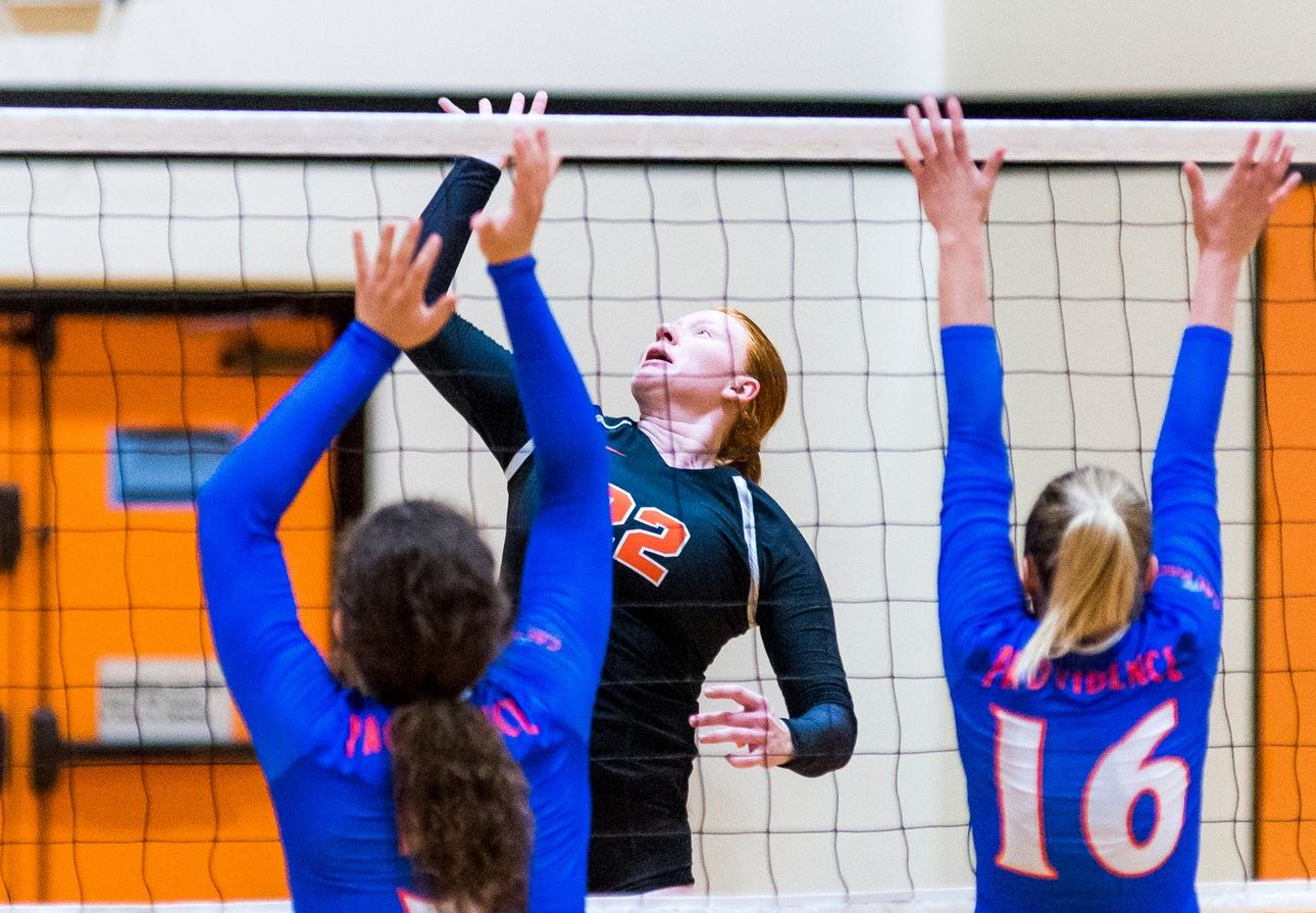 Lauinger Leads Attack at Oxy