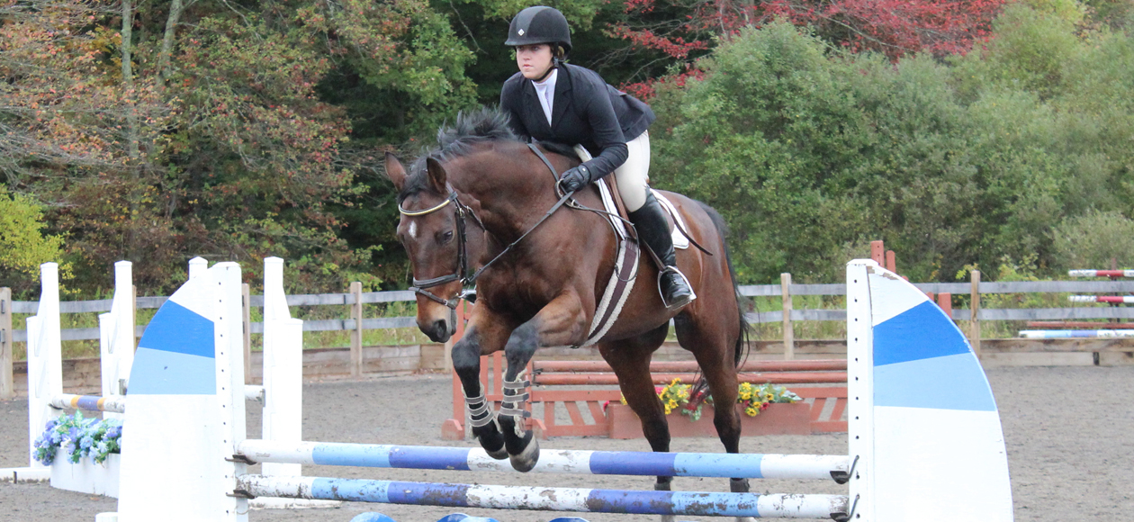 Equestrian Places Third In Johnson & Wales Show