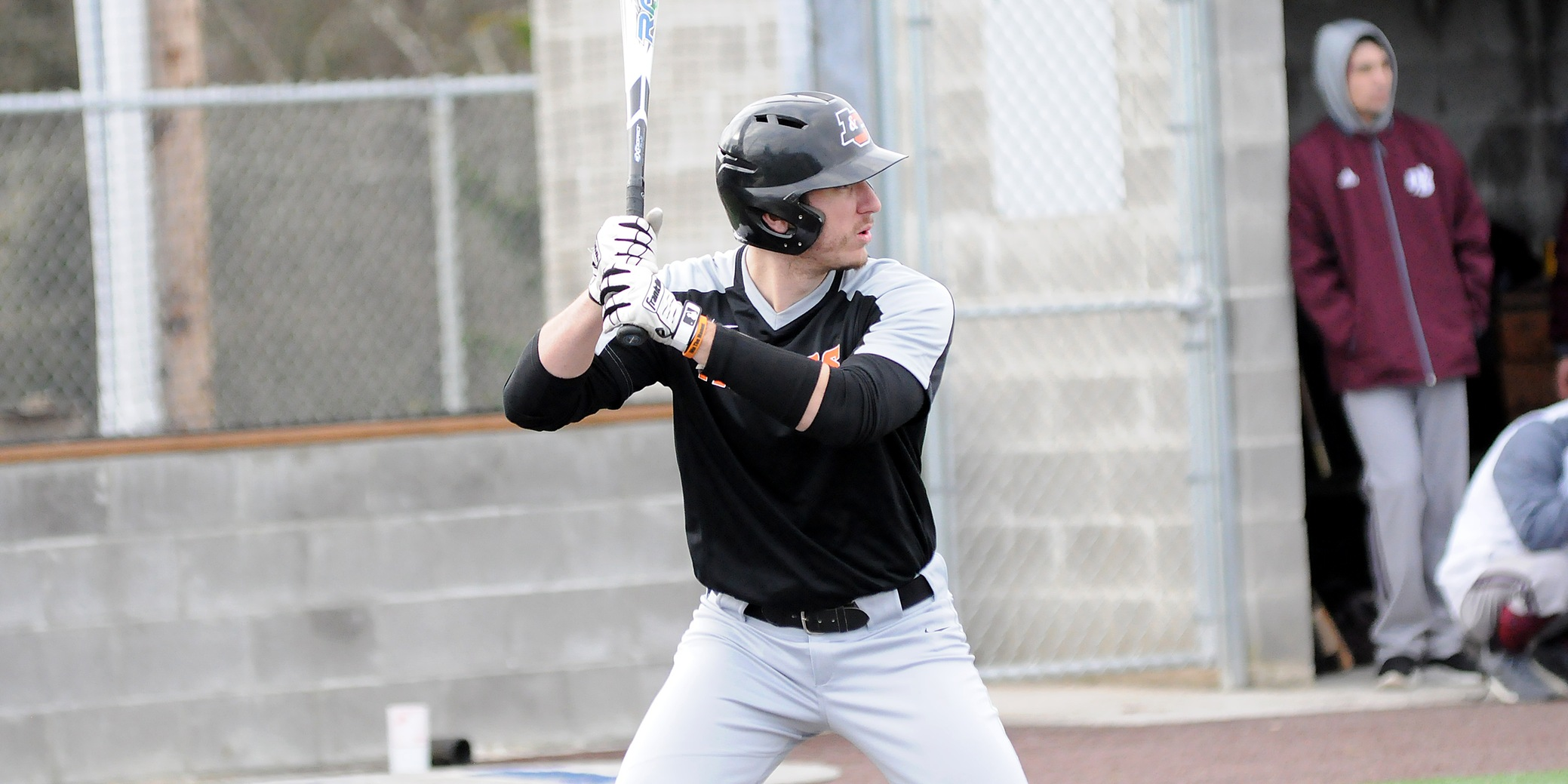 Pios come up empty in NWC opener, Shepherd has first four-hit game