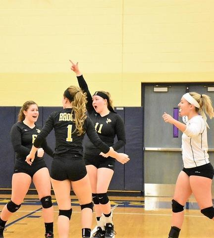 Broome players celebrating a point