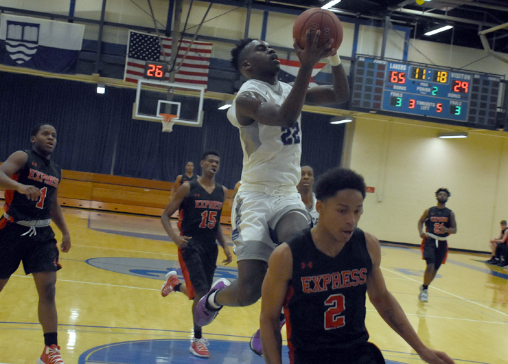 Lakeland men steamroll Owens at home, 94-48