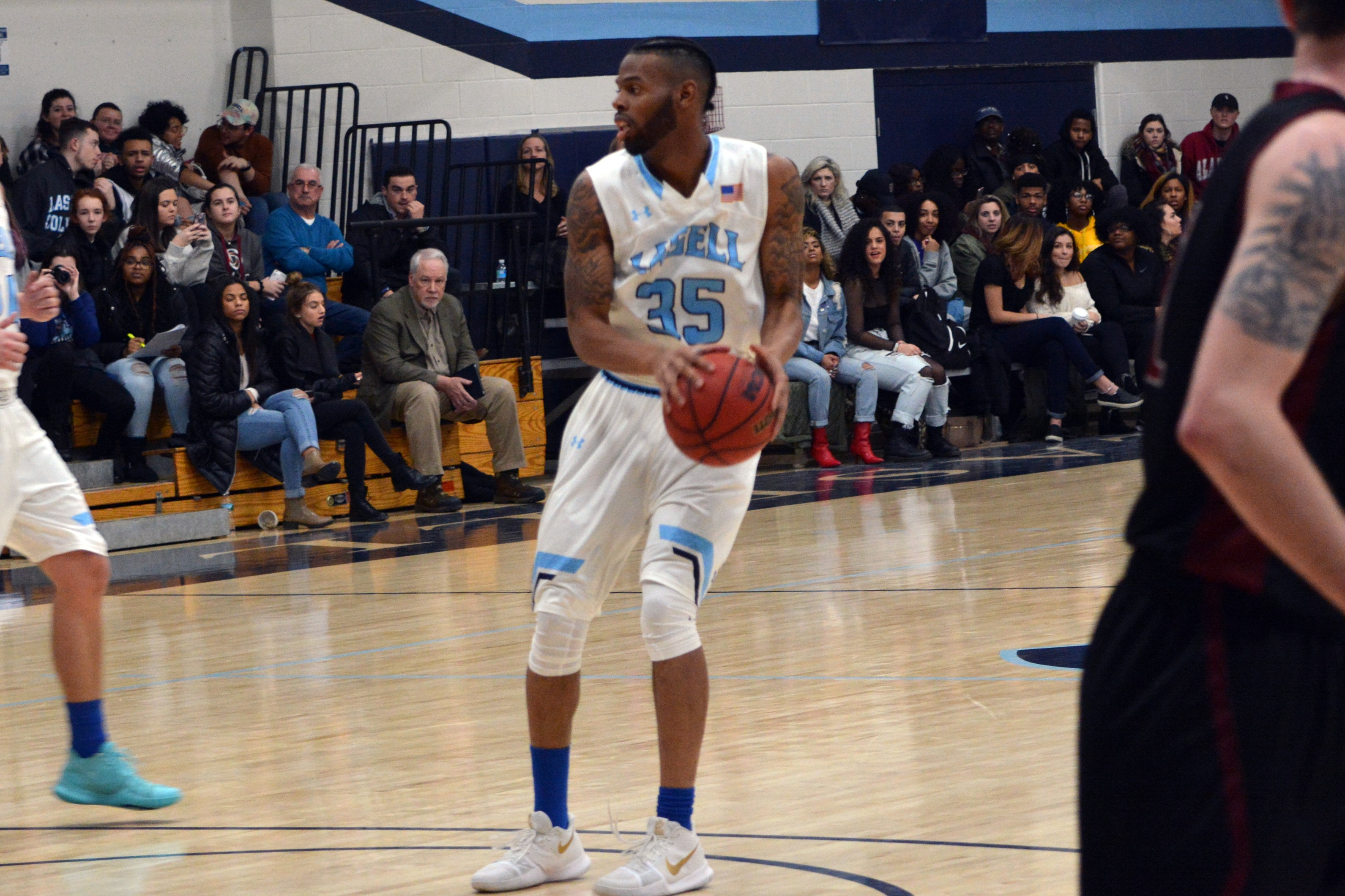 Lasell Men's Basketball defeated by Saint Joseph's (Maine)