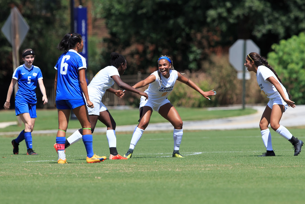 Women's Soccer wins home opener with a thrilling 3 to 2 Victory