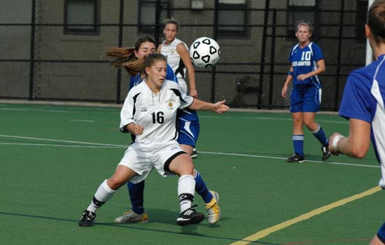 Curry Shuts Out Wentworth, 3-0