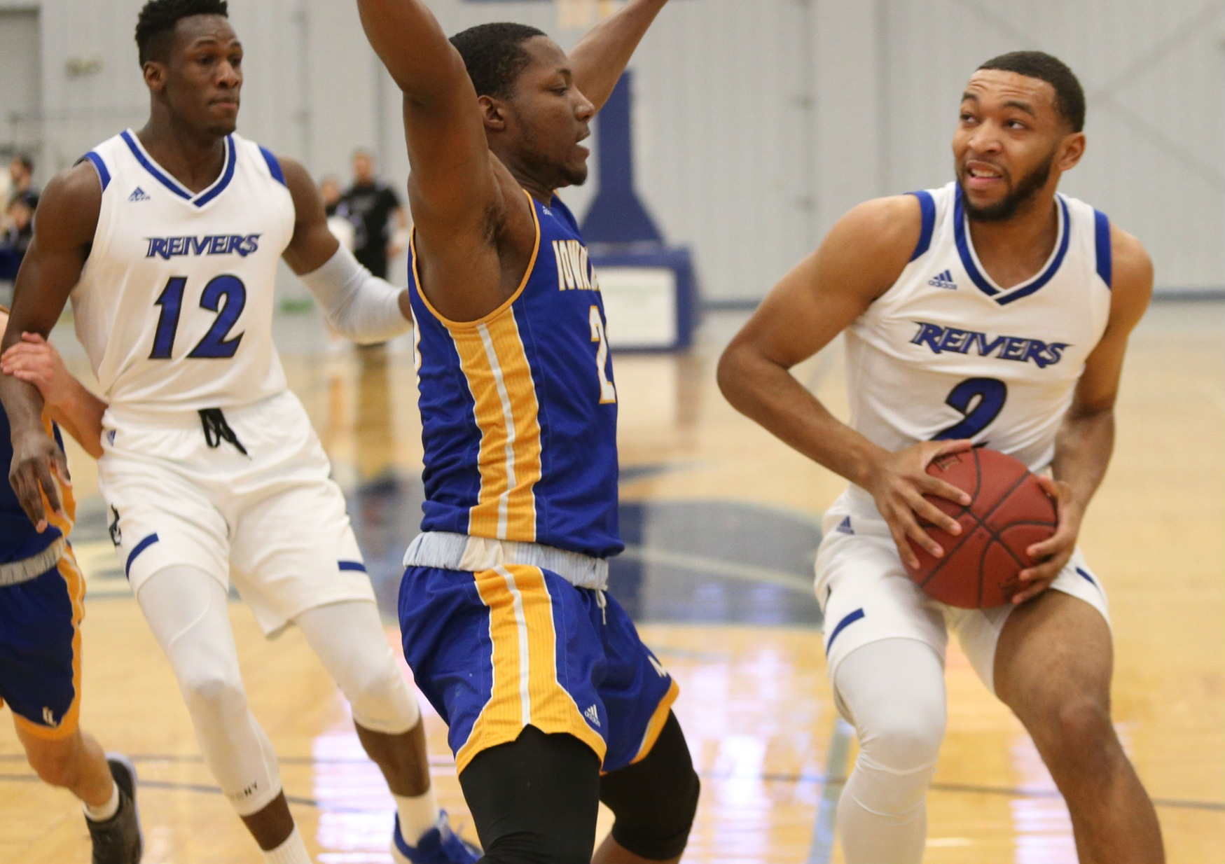 "Christian Bentley's (#2) 19 point, 4 assist evening helped Iowa Western ""return the favor"" against a Sunrise Christian team that handed the Reivers their first loss of the season back in November."
