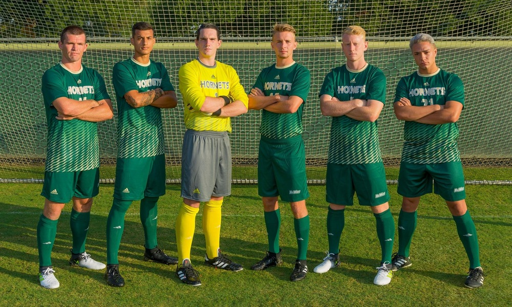 MEN'S SOCCER CELEBRATES SENIOR DAY AS THEY LOOK TO SECURE POSTSEASON FUTURE
