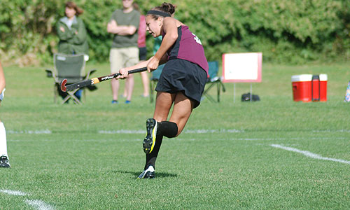 Late goal lifts Colby past UMF field hockey, 2-1