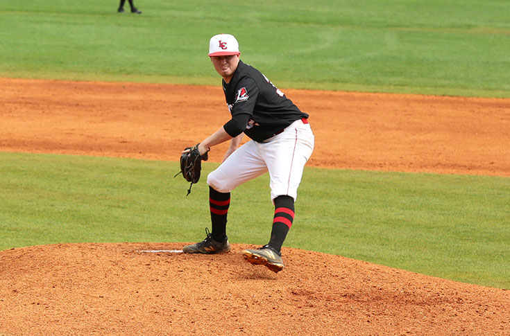 Baseball: Panthers hammer Pfeiffer 13-5 to take USA South series