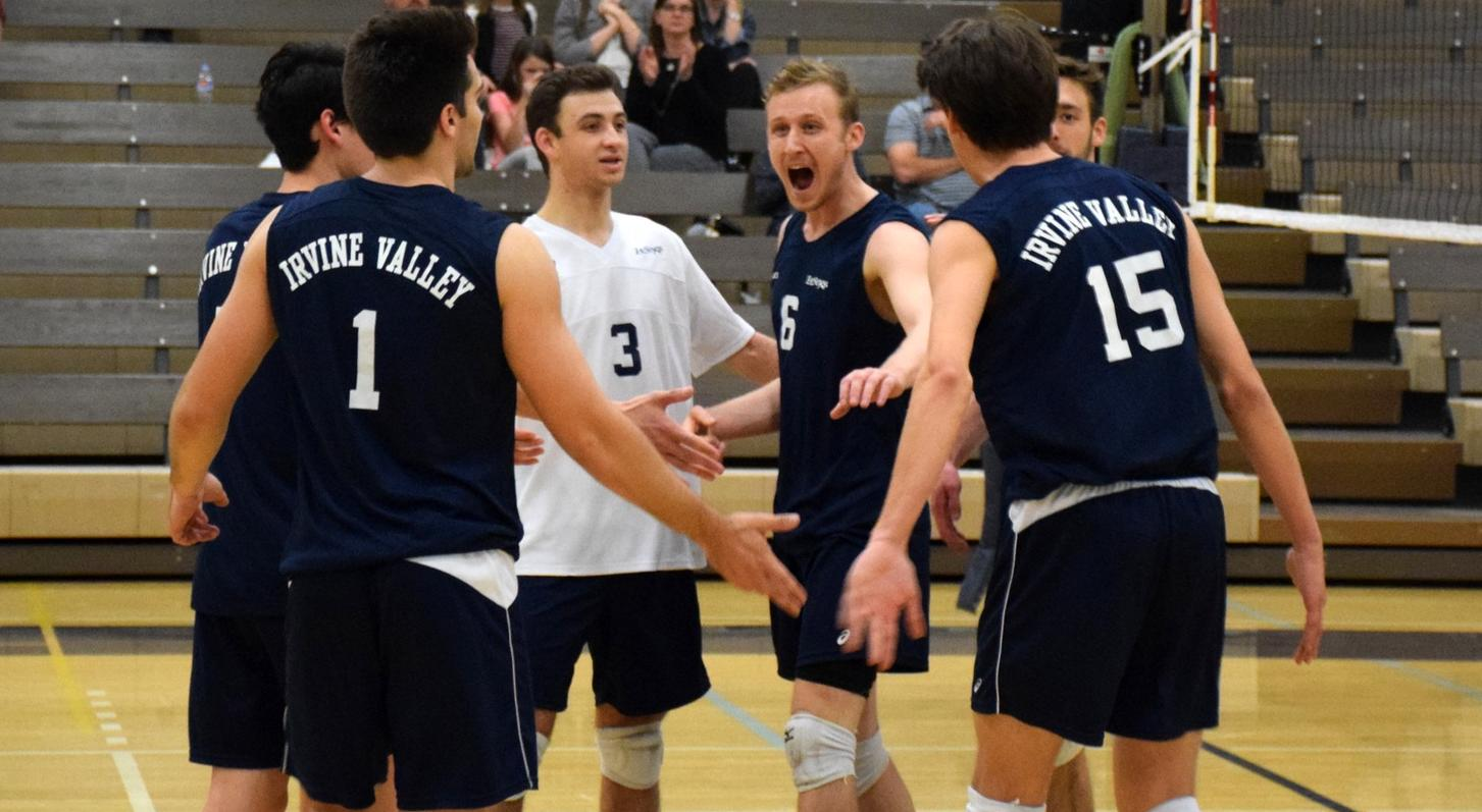 Men's volleyball team makes it six straight weeks at the top
